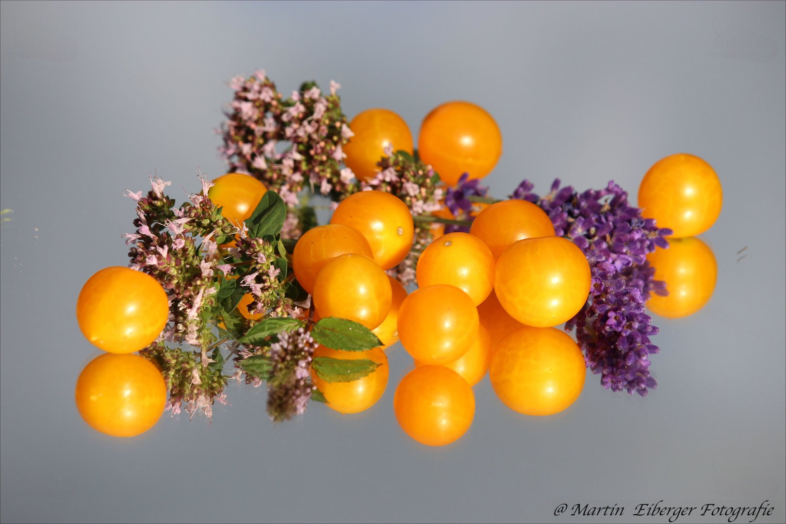 tomate millefleur tomaten saatgut f r 10 tomaten pflanzen. Black Bedroom Furniture Sets. Home Design Ideas